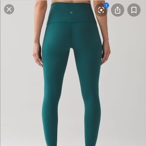 Lululemon wunder under tights sz 8
